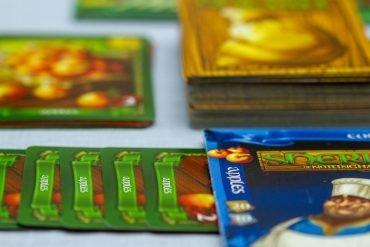 Sheriff of Nottingham Board Game Apples